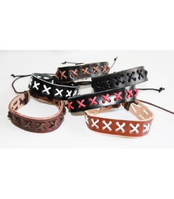 Bracelet cuir croix lacet