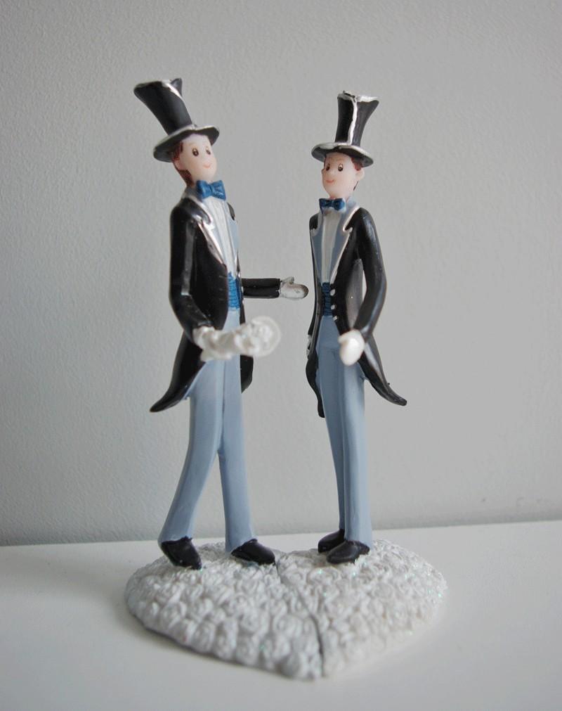 Figurine gâteau mariage gay