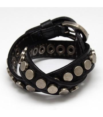 Bracelet clouté antique