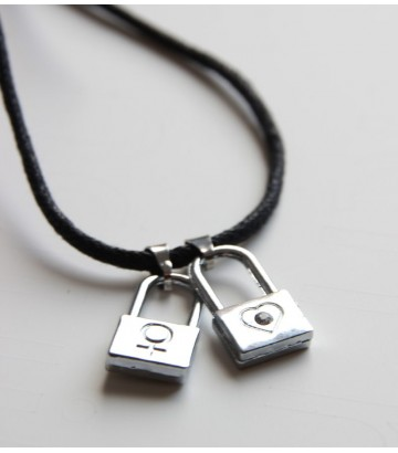 Pendentif collier cadenas lesbien 2