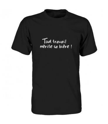 Tee shirt humoristique Tout travail mérite sa bière